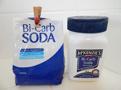 No Shampoo With Baking Soda and Vinegar1