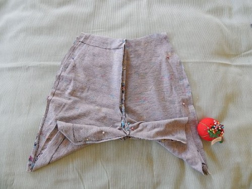 Make Kid Shorts Out of Old Clothes9-1