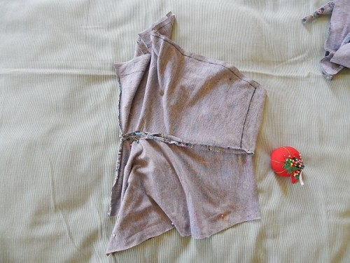 Make Kid Shorts Out of Old Clothes9-2