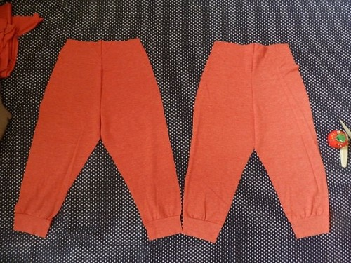 Make Kids Pants Out of Old Clothes6