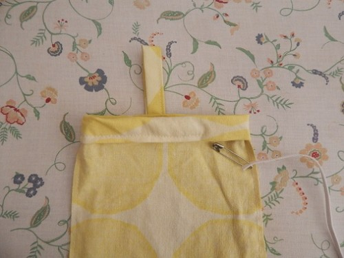 DIY Grocery Bag Dispenser10