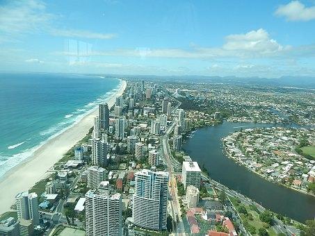 Gold Coast Q1 8