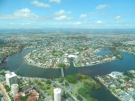 Gold Coast Q1 9