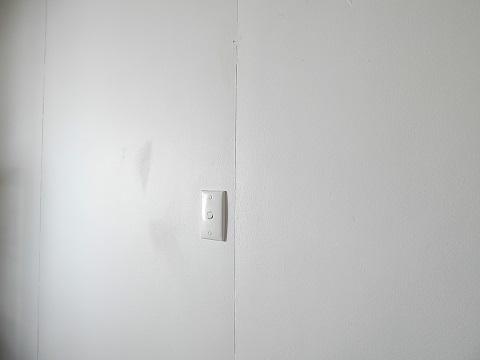 Repair Holes And Cracks In Walls12
