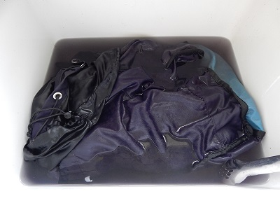 Wash And Clean A Backpack12