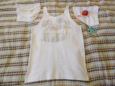 Make Tank Tops From Tshirts10