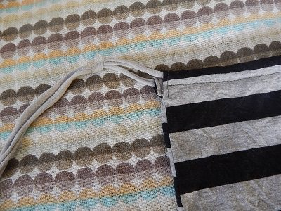 How To Thread A Drawstring9