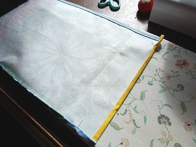 DIY Curtain With Pockets17