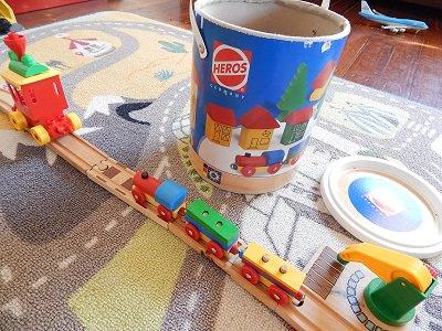 Plarail With IKEA BRIO Wooden Rails21