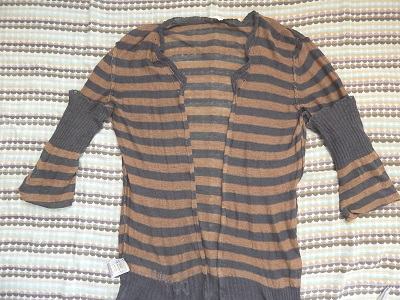 make-a-cardigan-from-a-pullover-sweater10