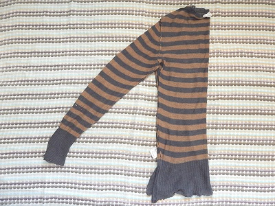 make-a-cardigan-from-a-pullover-sweater12