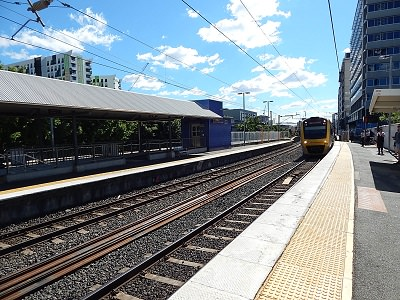 gold-coast-to-brisbane-by-train10